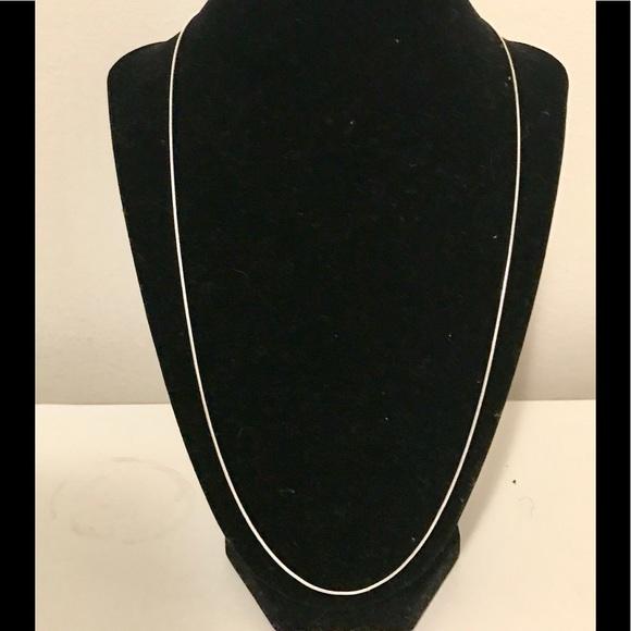 Jewelry - Beautiful 22 inch Silver Snake Chain